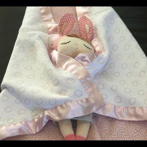 Little Giraffe pink polka dot plush blanket